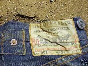 столетние джинсы levis