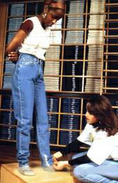 как подобрать джинсы
