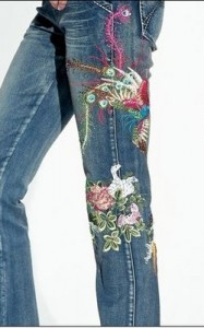 вышивка на джинсах, джинсы с вышивкой
