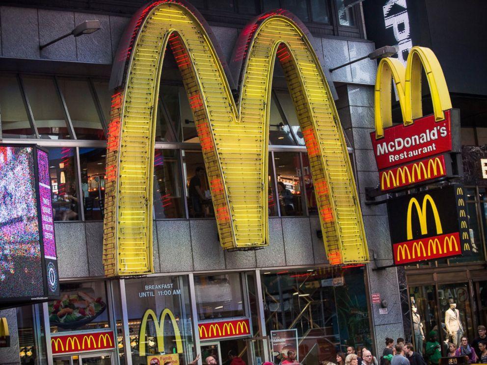 mcdonalds and its crisis 2 essay