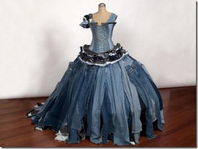 платье из целых джинс