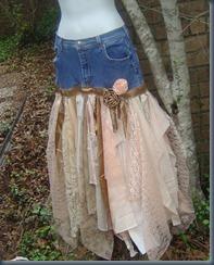 Джинсовая юбка с кружевами для свадьбы