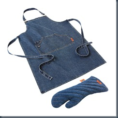 джинсовый кухонный фартук и прихватки