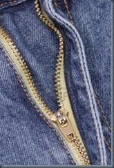 молния на джинсах