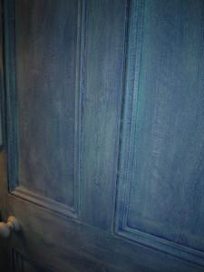 Джинсовая дверь